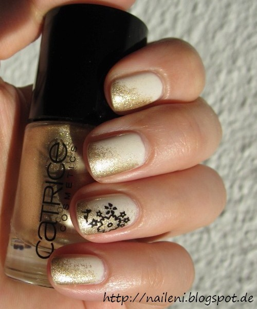 nails reloaded nageldesign gold getupft mit stamping. Black Bedroom Furniture Sets. Home Design Ideas