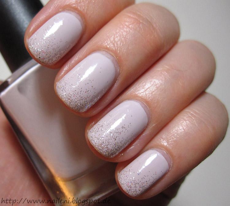 Nails reloaded nageldesign hellgrau in glitter getupft for Nagellack designs