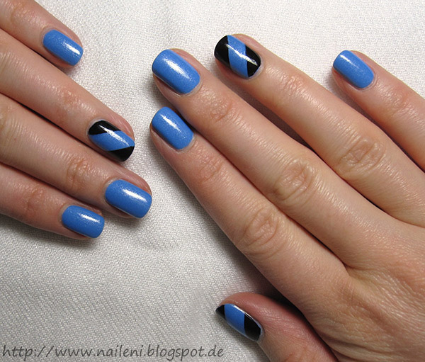 nails reloaded nageldesign blau schwarz getaped. Black Bedroom Furniture Sets. Home Design Ideas