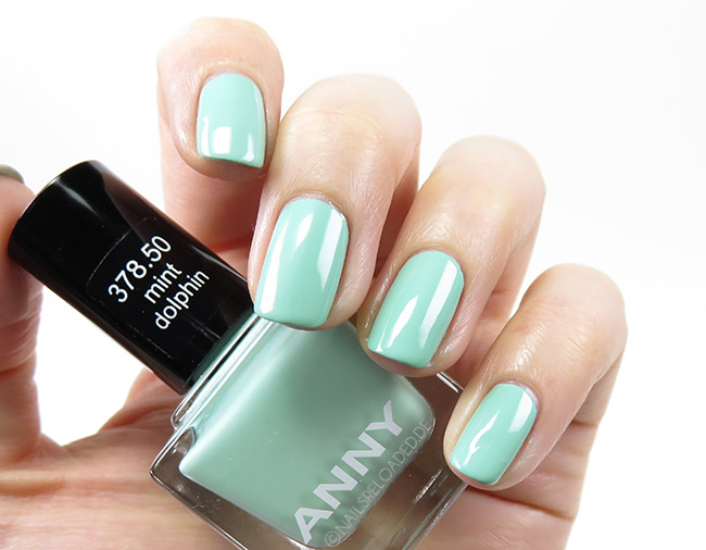 Anny - 378.50 mint dolphin