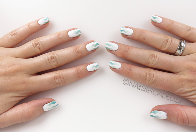 Nageldesign - Zickzack Mint