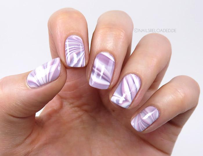 nails reloaded nageldesign watermarble versuch. Black Bedroom Furniture Sets. Home Design Ideas