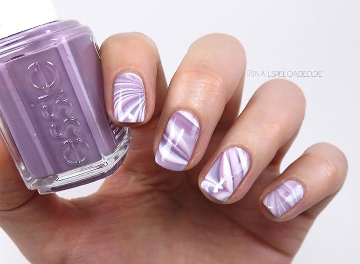 Nails Reloaded Nageldesign Watermarble Versuch