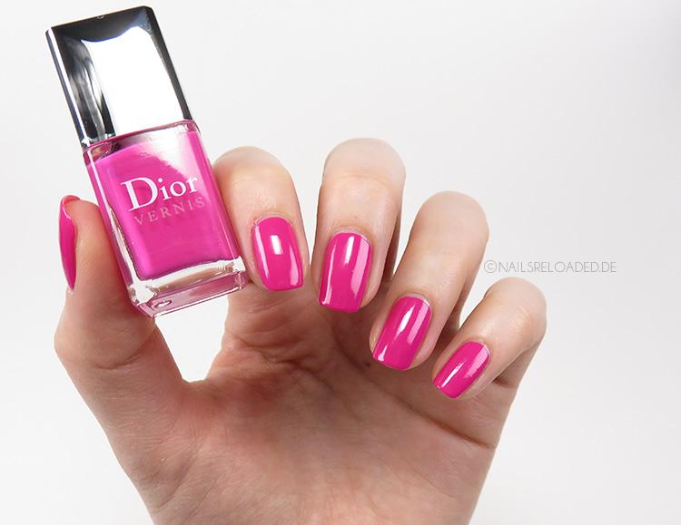 Dior - 667 Pink Graffiti
