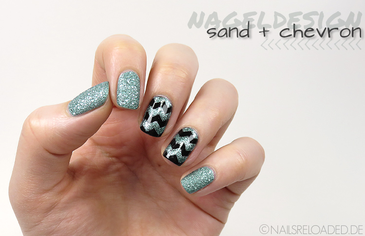Nageldesign - sand + chevron