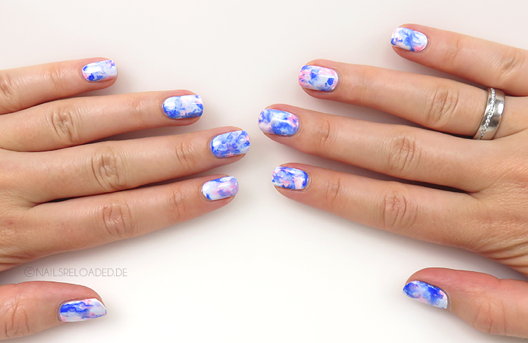 Nageldesign - dry marble nails