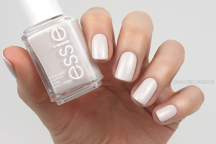 Essie - urban jungle
