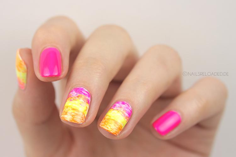 nails reloaded nageldesign twin nails mit frischlackiert. Black Bedroom Furniture Sets. Home Design Ideas
