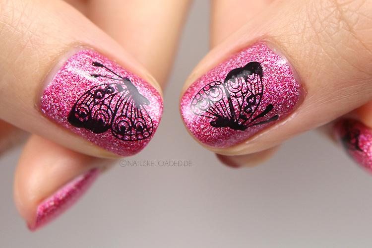 Stamping Nageldesign mit Schmetterlingen