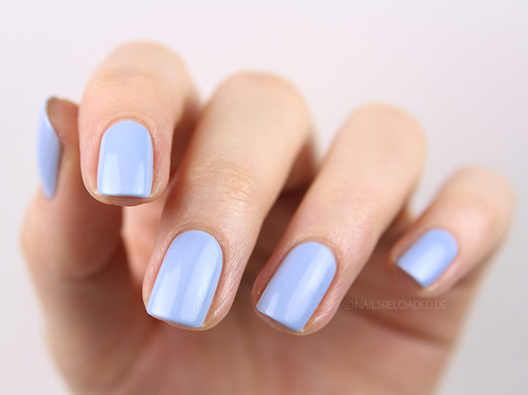 nails reloaded nagellack essie bikini so teeny. Black Bedroom Furniture Sets. Home Design Ideas
