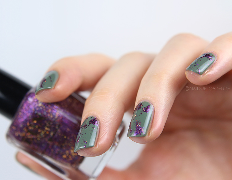 Holographic Splatter Nails