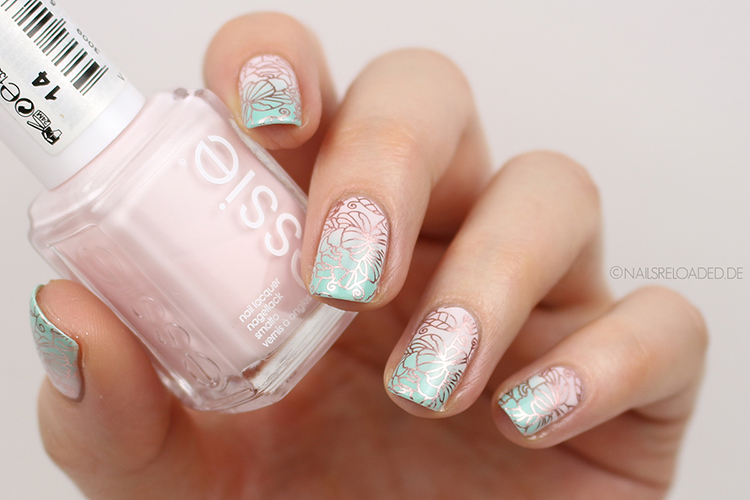 Nageldesign - florales Stamping