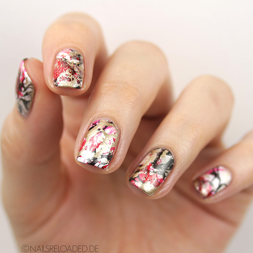 Nageldesign - waterspotted nails