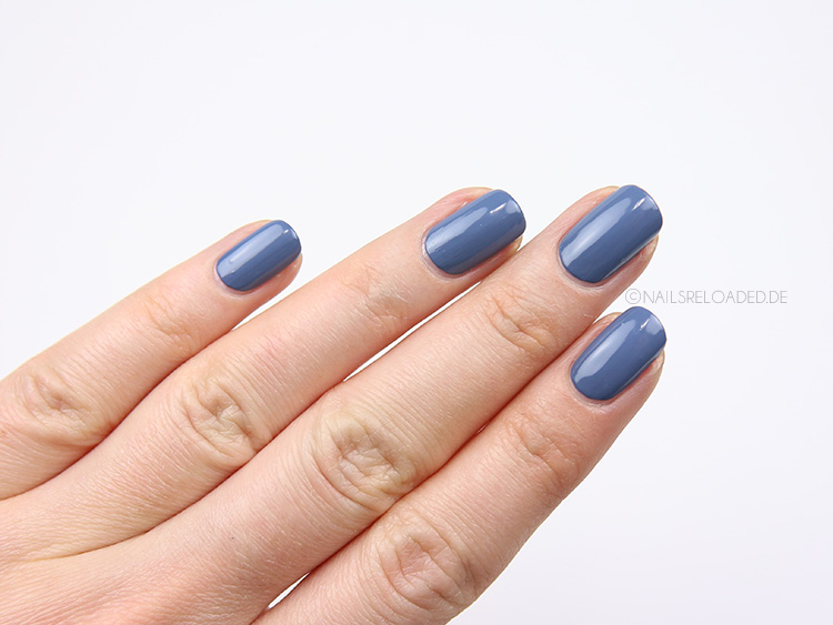 nagellack-cnd-vinylux-226-denim-patch-9